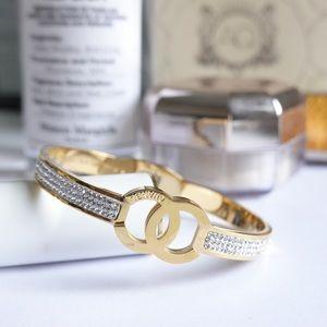 Chanel bracelet golden